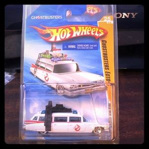 Hotwheels Ghostbusters ECTO-1 New